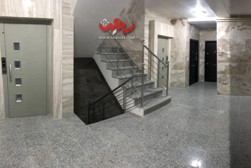 راه-رو-آپارتمان-۹۵-متری-شیک-چالدران